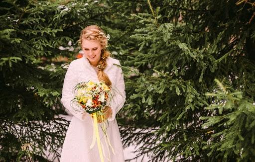 Wedding photographer Alena Gorbacheva (LaDyBiRd). Photo of 02.01.2017