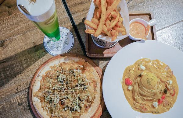 Oridream Food歐維聚-義式複合式餐廳 松菸店 有包廂 皮蛋披薩超回味