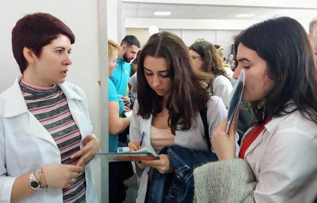 НФаУ допомагає молоді знайти свій шлях у майбутнє