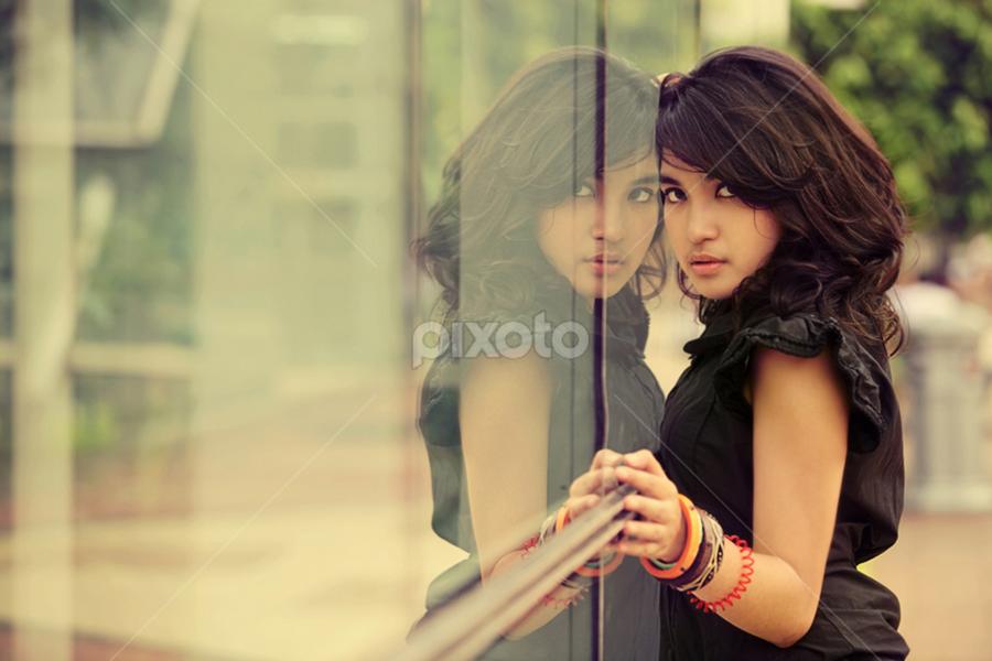 Rika by M Sidik Pw | Dhruva photography - People Portraits of Women