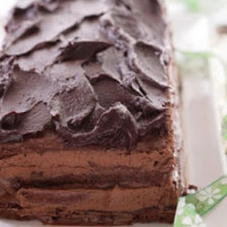 Chocolate Macaroon Delice