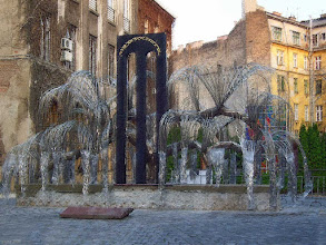 Photo: Wielka Synagoga  w Budapeszcie, drzewo pamięci ofiar Holokaustu (38 pastel)