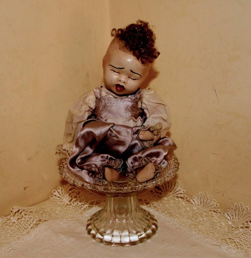 bambola dei tempi andati di seria