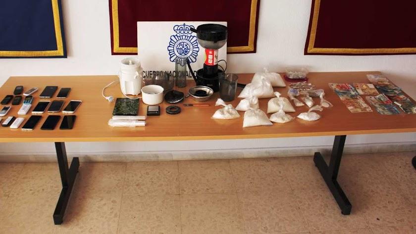 Desmantelada una organización que elaboraba y distribuía cocaína y heroína