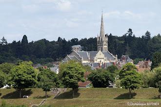 Photo: Vue sur l'église Saint-Etienne depuis le pont canal, cliché pris au téléobjectif.