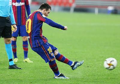 Messi maakt brandhout van Elche!