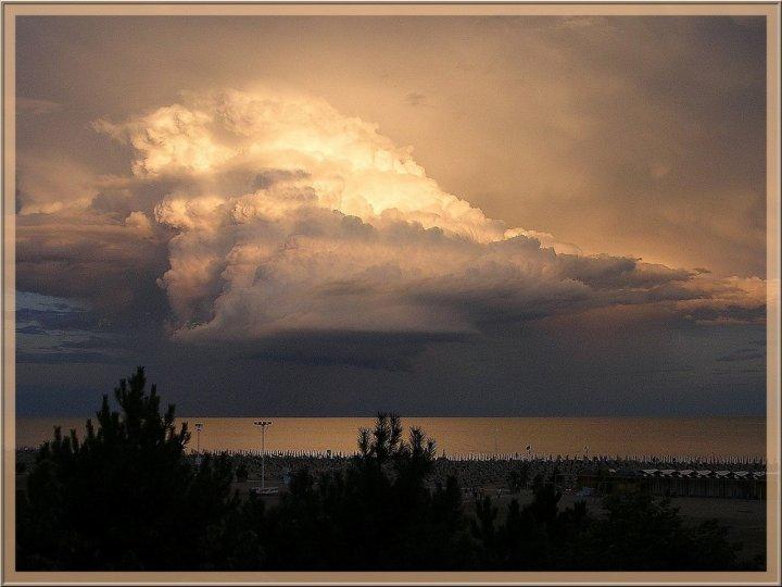 Spuma di nuvole di LaE