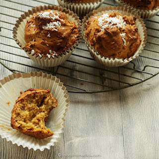 Spiced Papaya Seed (Pawpaw Seed) & Ginger Muffins