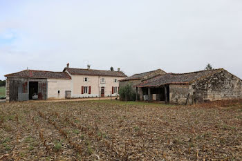 maison à Clussais-la-Pommeraie (79)