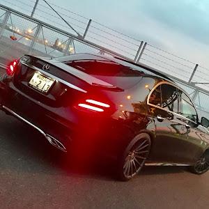 Eクラス セダン  W213型 E200 アバンギャルドスポーツのカスタム事例画像 さだひろさんの2018年09月17日22:46の投稿