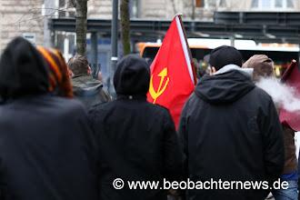 Photo: Auch kommunistische Gruppierungen waren zu sehen.