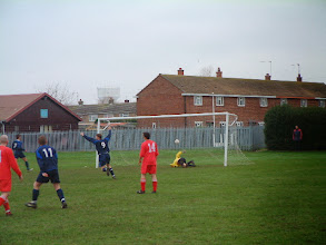 Photo: 23/12/06 v Corton (ACL Division 2) 0-4 - contributed by Martin Wray