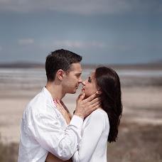 Wedding photographer Anna Vdovina (vdovina). Photo of 12.01.2018