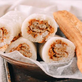 Shanghai Breakfast Rice Rolls (Ci Fan 粢饭).