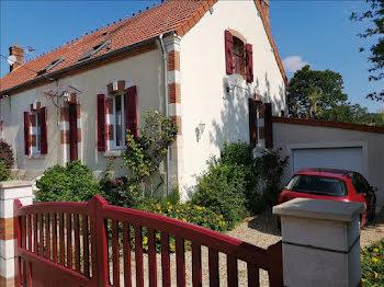 maison à Thénioux (18)