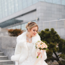Wedding photographer Elizaveta Kryuchkova (Liza75757). Photo of 17.04.2018