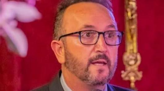"""Ángel Collado, alcalde de Bédar: """"Estamos finalizando el espacio escénico"""""""