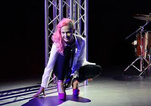 Photo: BURGTHEATER/ Kasino: DOSENFLEISCH von Ferdinand Schmalz. Premiere 18.9.2015. Inszenierung: Carina Riedl. Frida Lovisa Hamann. Copyright: Barbara Zeininger