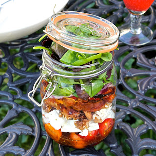 A Salad Jar, An Amazing Salad & My New Summer Picnic Trick!
