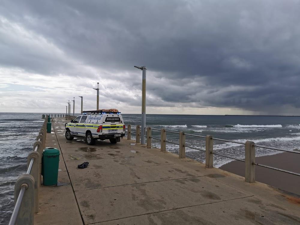 Durban municipal worker finds foetus in beachfront dustbin - TimesLIVE