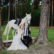 Wedding photographer Zinaida Iost (LiatriZ). Photo of 17.11.2015