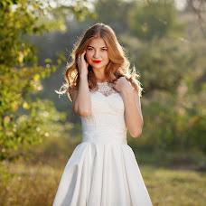 Wedding photographer Oksana Ryabovol (oksss12333). Photo of 30.01.2018