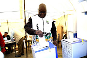 David Makhura casting his vote.