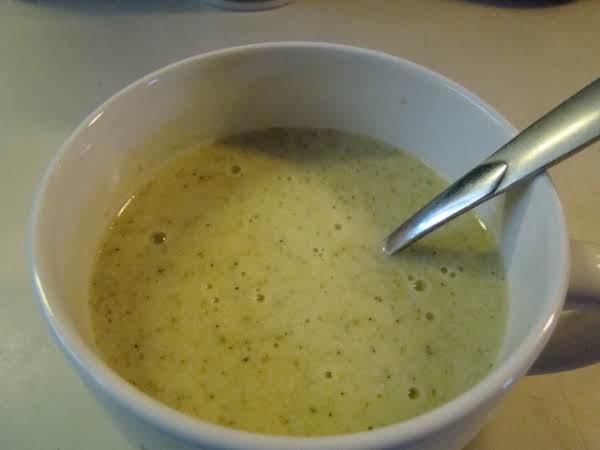 Crock Pot Broccoli Cheese Soup Recipe