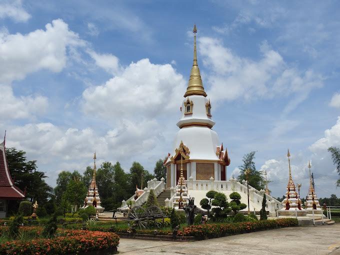 Wat Santi Wiwek