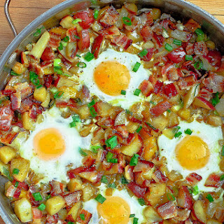 Bacon, Eggs, Potatoes and Cheese Breakfast Skillet.