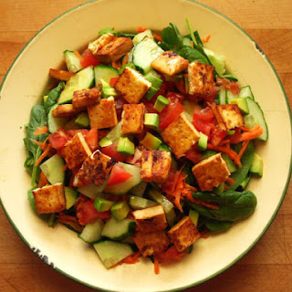 Spinach, Avocado and Marinated Tofu Salad Recipe