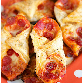 Pepperoni Pizza Pastry Puffs Recipe