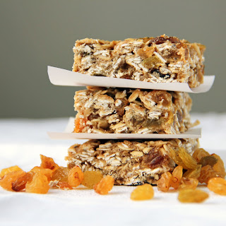 Golden Raisin Oatmeal Squares