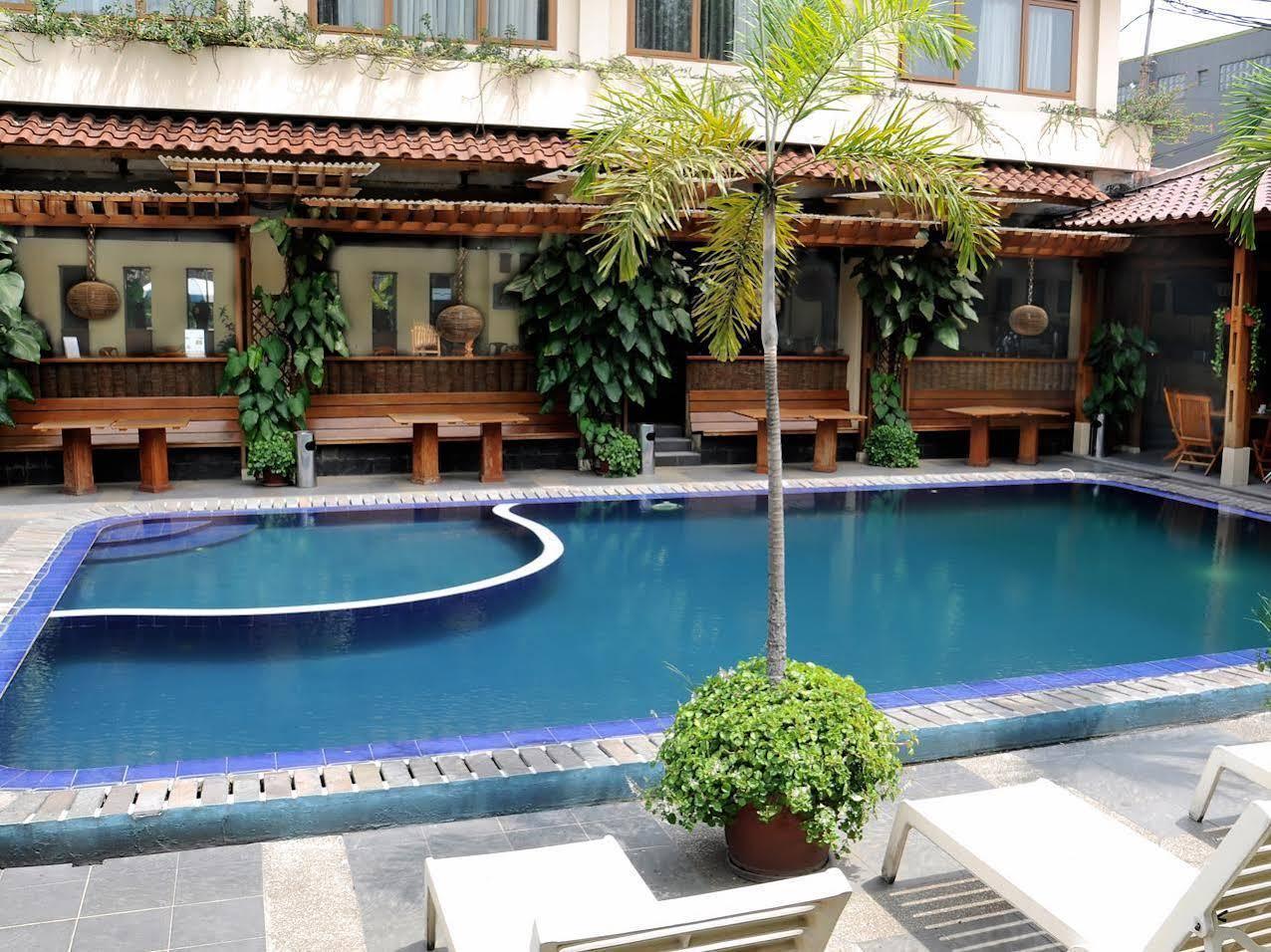 Mutiara Hotel