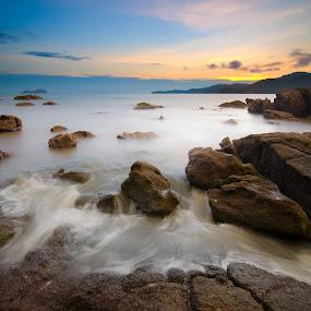 Teluk Bayu | Penang by Izham Khalid - Landscapes Waterscapes ( sunset )