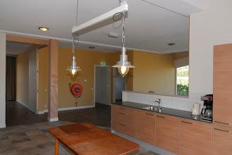 Photo: de keuken van de zorgboerderij is inmiddels ingericht
