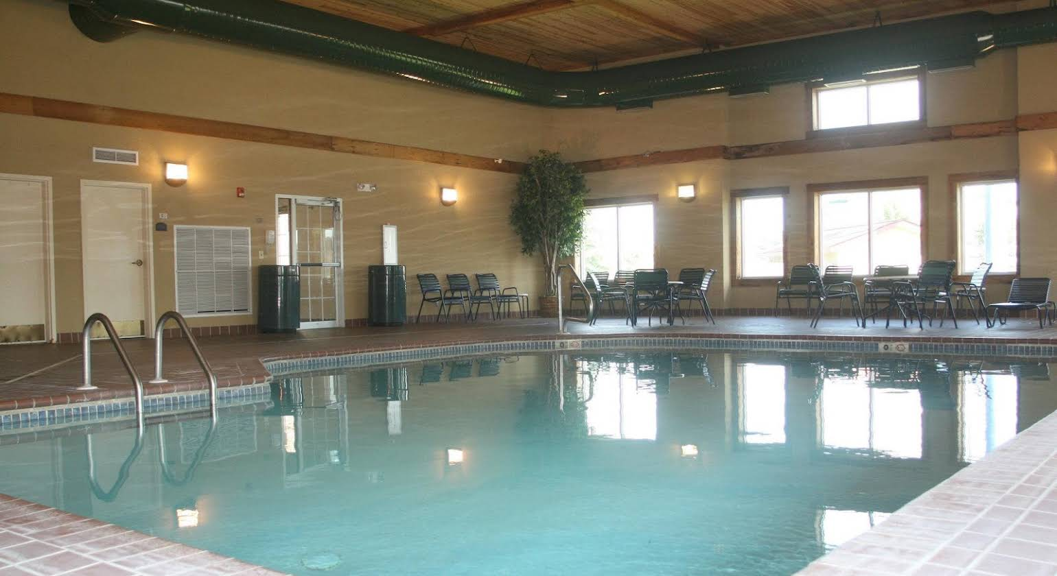 Holiday Inn Express Hotel & Suites Anniston/Oxford