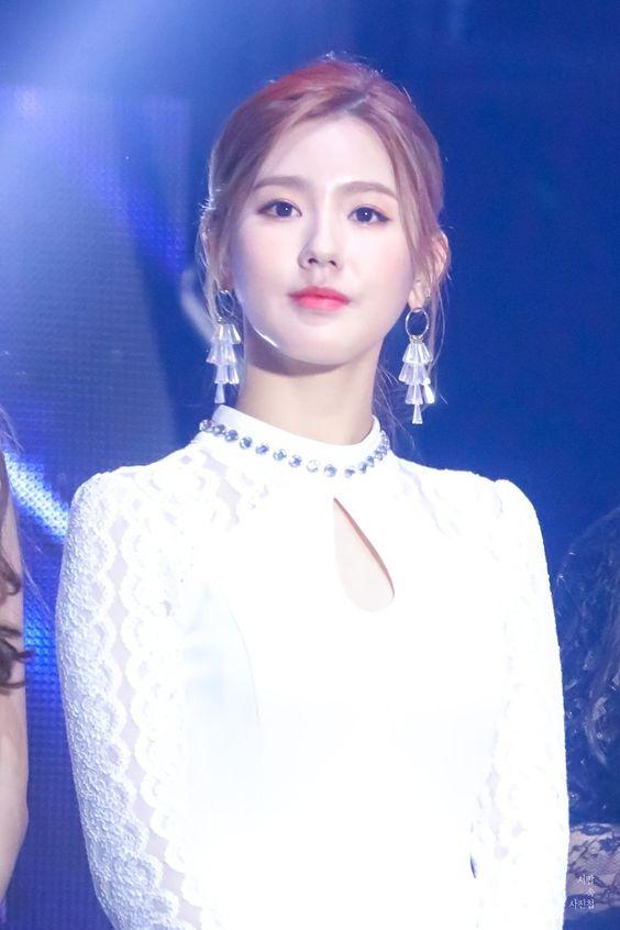 miyeon white 28