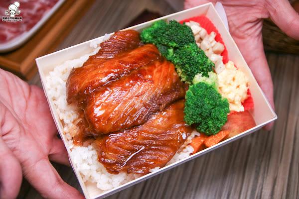 手作輕食日式便當限定外帶,湯頭實在滿滿奶香滋味的牛奶鍋!