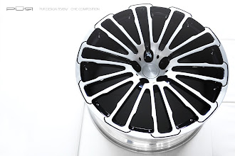 Photo: PUR WHEELS DESIGN 7EVEN CHIC COMPOSITION http://www.ac.auone-net.jp/~ever_g/tire/index.html