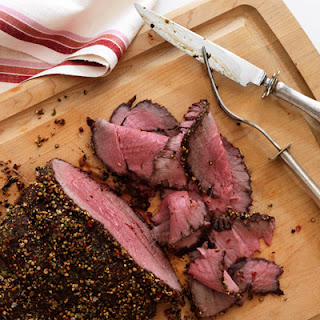 Roast Beef and Shallots with Creamy Horseradish Sauce