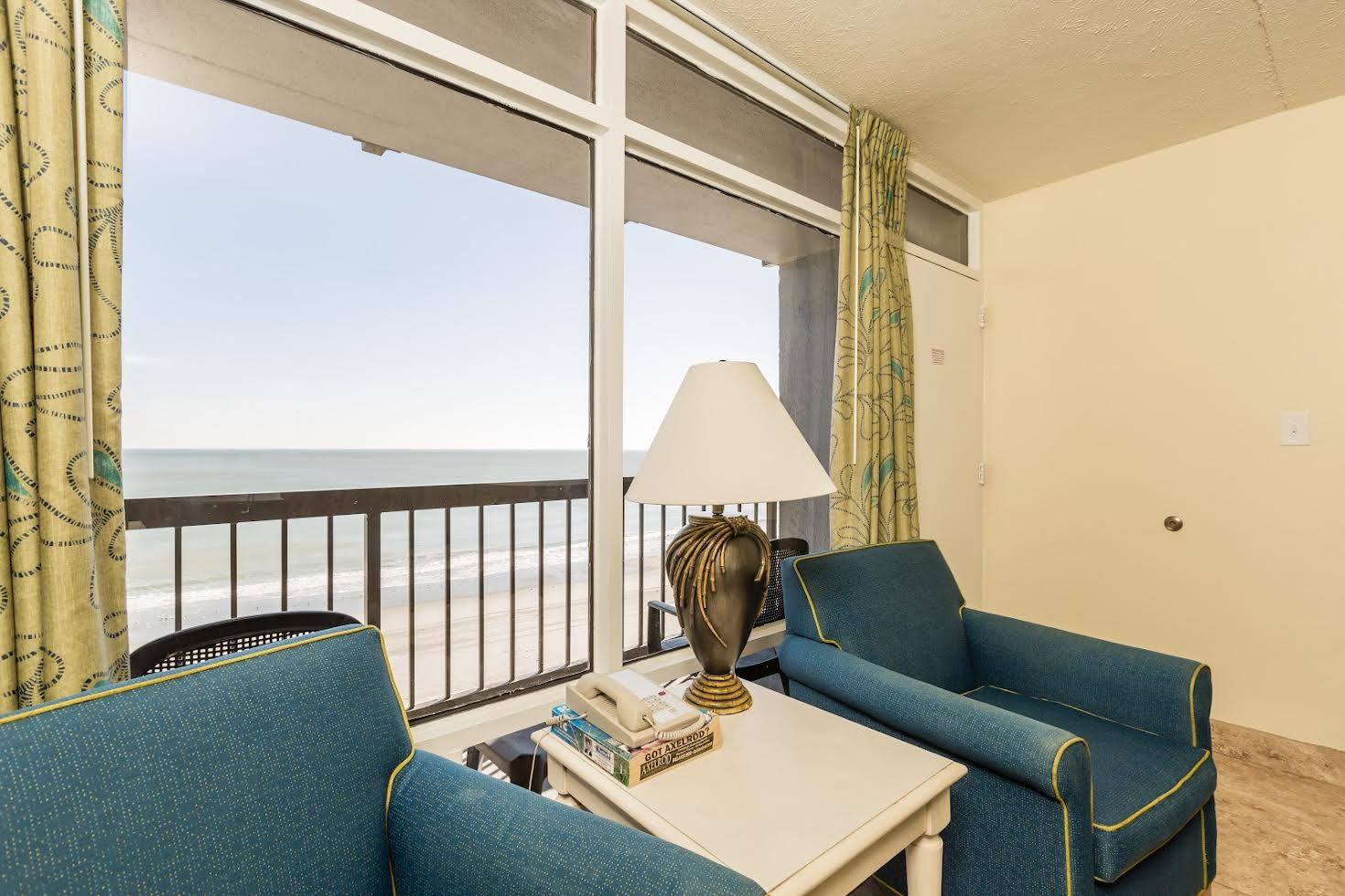 Two Bedroom Oceanfront Picture Number 9