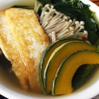Asian Greens Soup With Tofu and Enoki Mushrooms [Vegan]