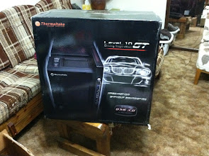 Photo: Thermaltake Level 10 GT case.. it's massive!