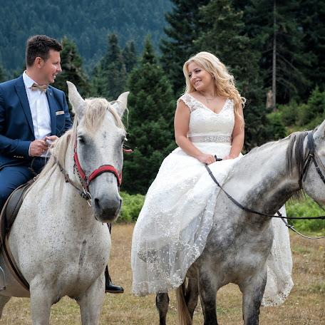 Wedding photographer Katerina Liaptsiou (liaptsiou). Photo of 13.09.2017