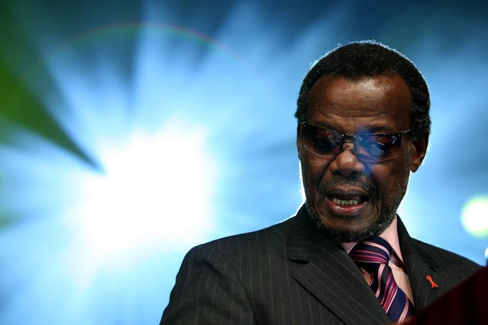 Prins Mangosuthu Buthelezi tree op as IFP-leier na 44 jaar aan die stuur - SowetanLIVE Sunday World
