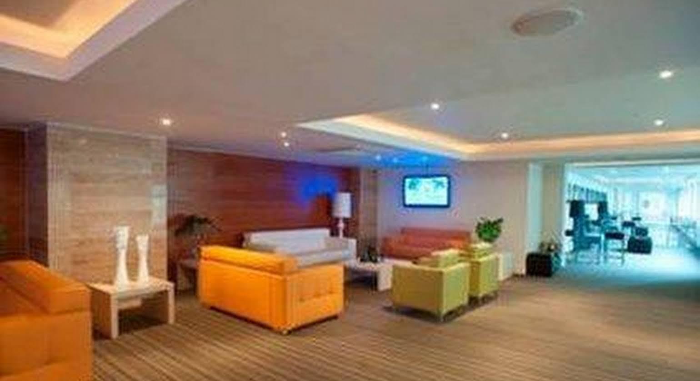 Central Park Hotel Casino & Spa