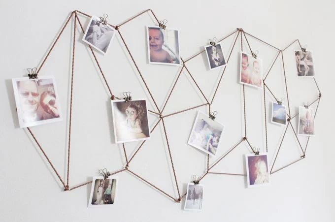 Dorm Room Photo Wall 101: Ideas & How-Tos for Displaying