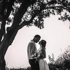 Wedding photographer Lyudmila Zharkova (LyudMilla). Photo of 19.12.2016