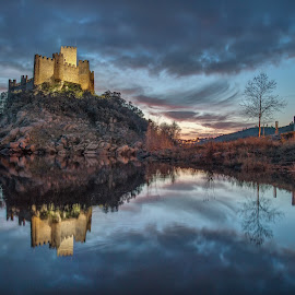 Castelo Almourol by António Martins - Buildings & Architecture Statues & Monuments ( tejo, rio, sunset, almourol )